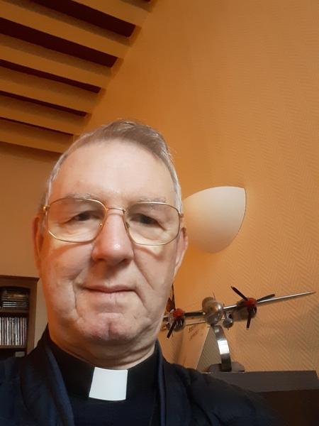 Père Gilbert Lepee